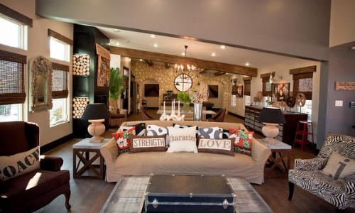 Extreme Makeover: Living Rooms and Master Suites