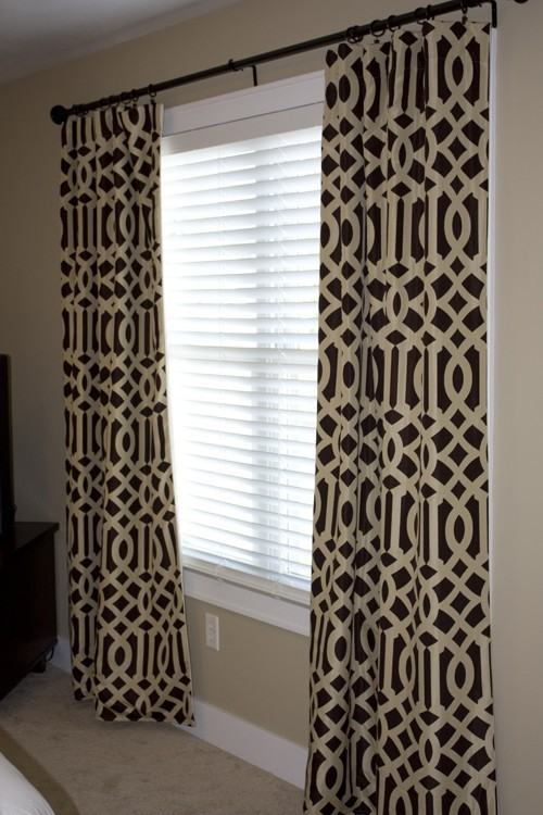 Dramatic Imperial Trellis Wallpaper Stencil